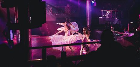 mcdonalds älvsjö öppettider escort tjejer helsingborg